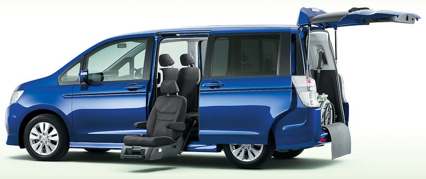 ステップワゴン スパーダS(FF)サイドリフトアップシート車(コバルトブルー・パール)オプション装着車