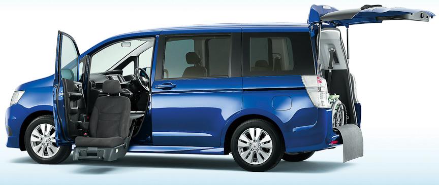 ステップワゴン スパーダS(FF)助手席リフトアップシート車(コバルトブルー・パール)オプション装着車