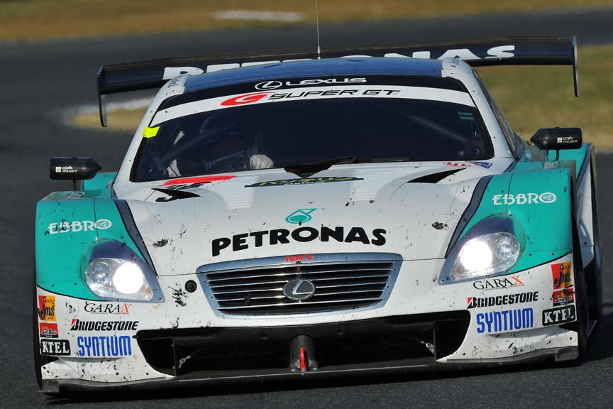 今季初優勝したPETRONAS TOM'S SC430(脇阪寿一/アンドレ・ロッテラー)