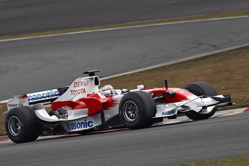 TF109とともに走行した中嶋選手がドライブするTF108。TF109とはフロントなど各所が大きく異なる