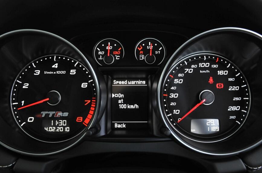 欧州車に多い速度警告設定