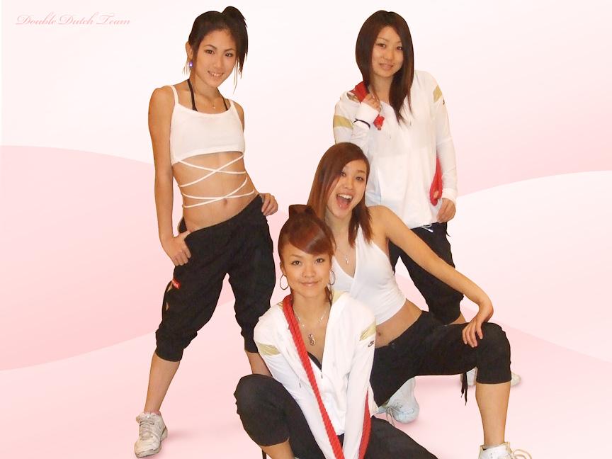 日本初の女性ダブルダッチプロパフォーマンスグループ「Girl's Double Team!! viva女!!」。講習会や体験会、子供への指導も行う