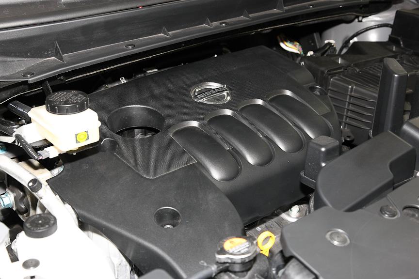 エンジンは2488ccの直列4気筒エンジンを搭載