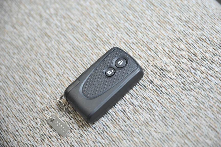 イモビライザー機能付のキーフリーエントリーは、CLリミテッド以上のモデルに標準装備