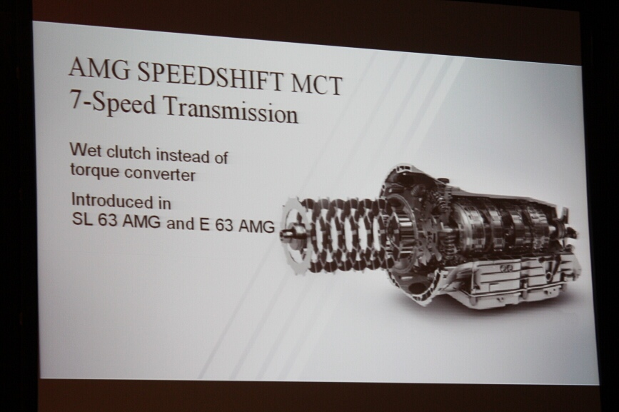 SLS AMGに搭載するデュアルクラッチの7速トランスミッション「スピードシフト」は自社開発