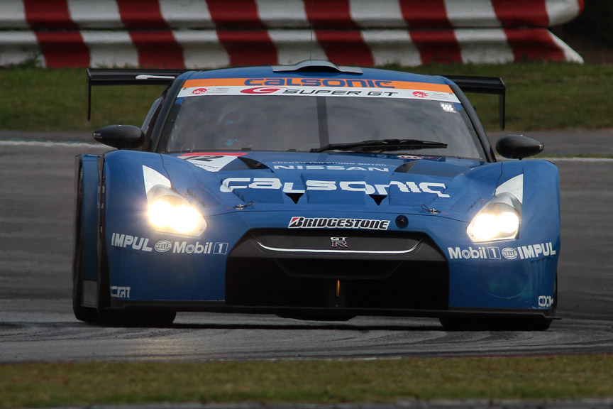 優勝した12号車 カルソニック IMPUL GT-R(松田次生/ロニー・クインタレッリ)