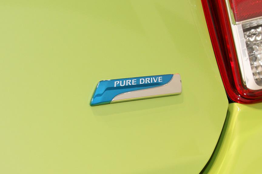新型マーチはエンジン進化型エコカー「PURE DRIVE」の第1弾モデル