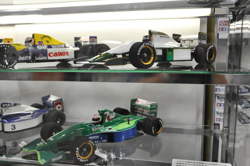 1/10 F1 RCカー。フェラーリのF1マシンは人気が高いため、数多くの種類が発売されてきた
