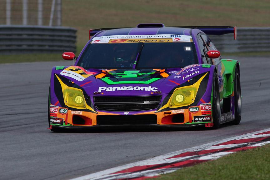 SUPER GTに参戦中のエヴァンゲリオンレーシング