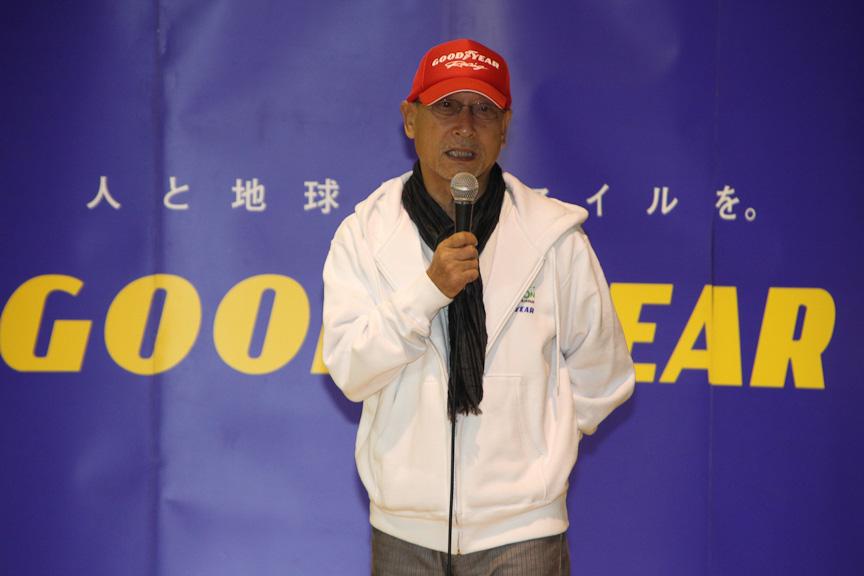 横田氏も講師として身近なところからできるエコについて語った