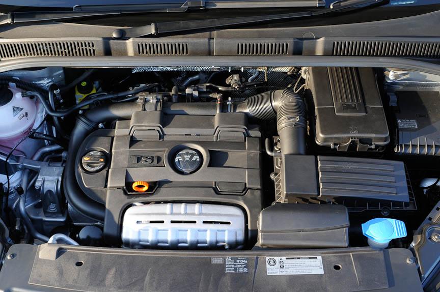 シャランの1.4リッター ツインチャージャーエンジン