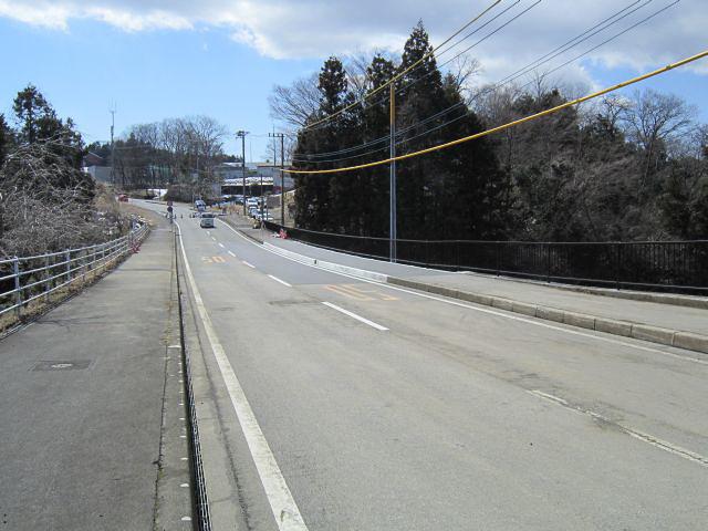 3月10日に開通した原向中日向線の復旧個所(写真はいずれも3月9日撮影)
