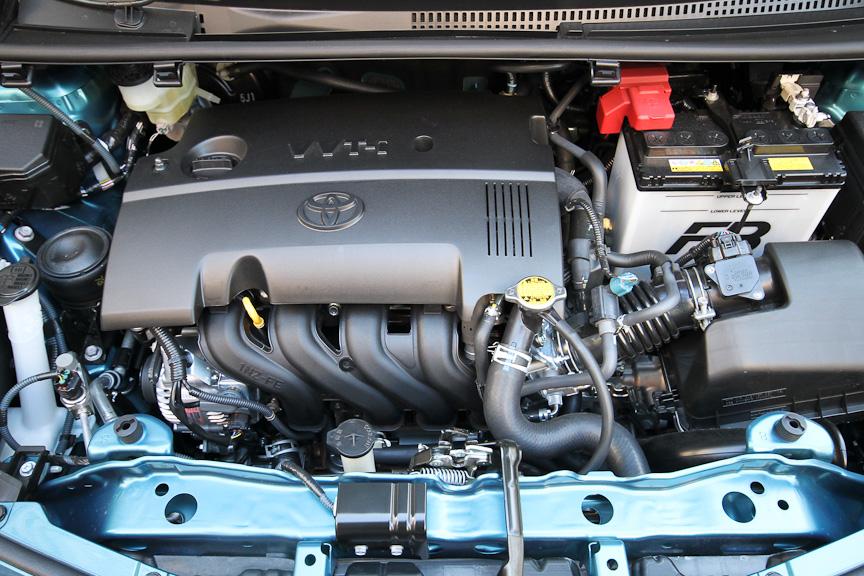 RSやUの一部グレードに搭載される1.5リッターエンジン
