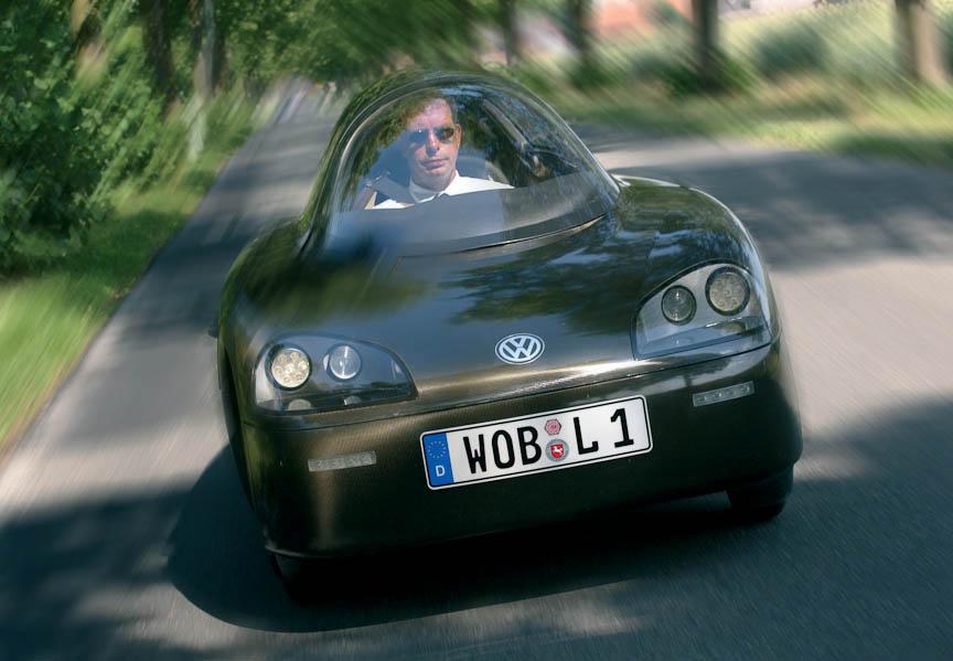 ピエヒ社長(当時。現在は会長)自らドライブした「1リッターカー」