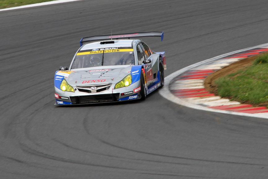 一昨年の中盤より、SUPER GTのGT300クラスに参戦したレガシィB4