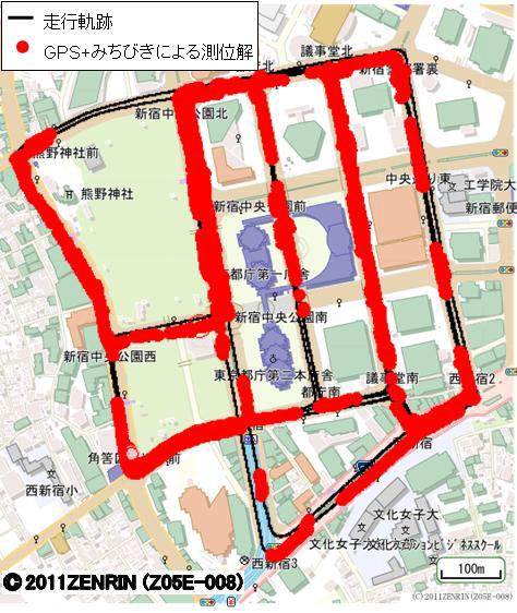 新宿での測位可能エリア。左がGPS単独、右がGPS+みちびき