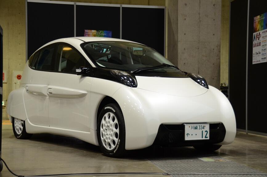 EV開発プロジェクト1号車「SIM-LEI」