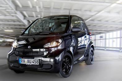 スマートの特別仕様車「ブラック エディション クーペmhd」(欧州仕様)