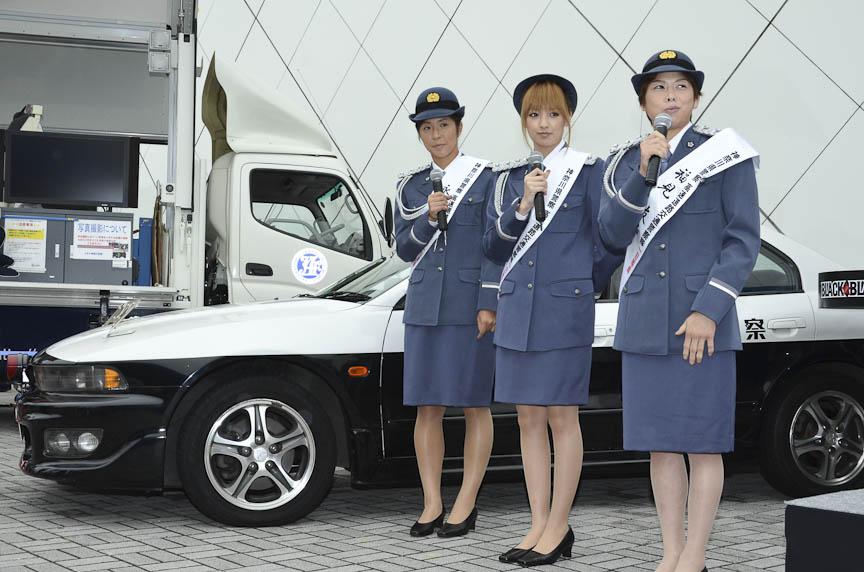高速隊の車両も展示され、乗ってみることもできた。このギャランVR-4は現役