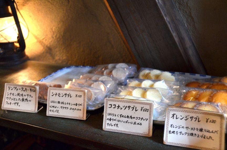 サブレやクッキーなどの焼き菓子も充実しています。保存料や防腐剤などは一切使われていないので安心