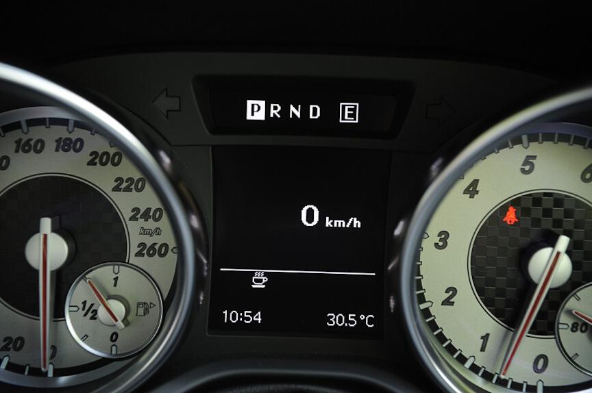 速度もデジタル表示ができる