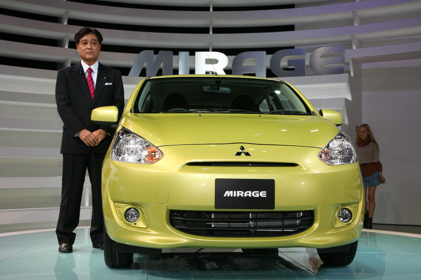 PX-MiEVIIと同様、世界初公開された新型ミラージュ