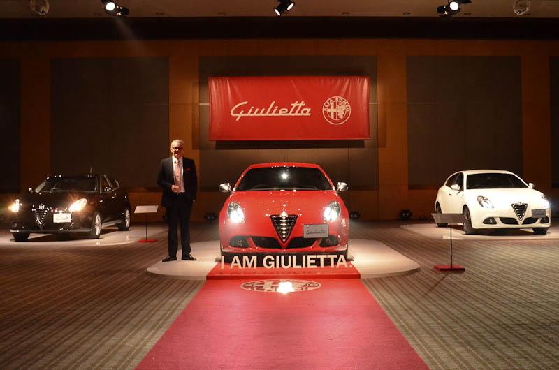会場に展示された3台のジュリエッタ。左から「スプリント」「コンペティツィオーネ」「クアドリフォリオ ヴェルデ」