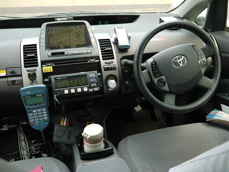 プリウスの運転席