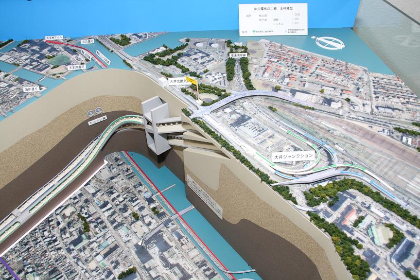 品川線のジオラマ。左から大井JCT付近、五反田出入口付近、大橋JCT付近