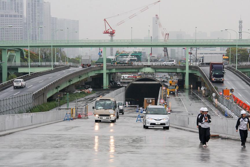 大井JCTから東京都シールドを望む