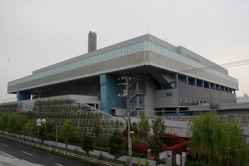 東京都シールドから大井JCTに向かって左側に品川清掃工場が見える