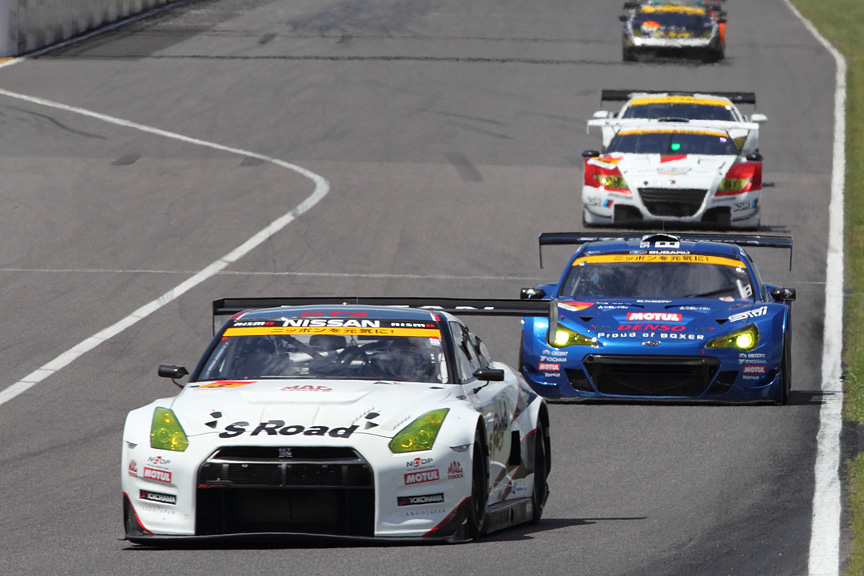 GT-R、BRZ、そしてCR-Z。数少ない国産スポーツクーペがトップグループに顔を揃えた