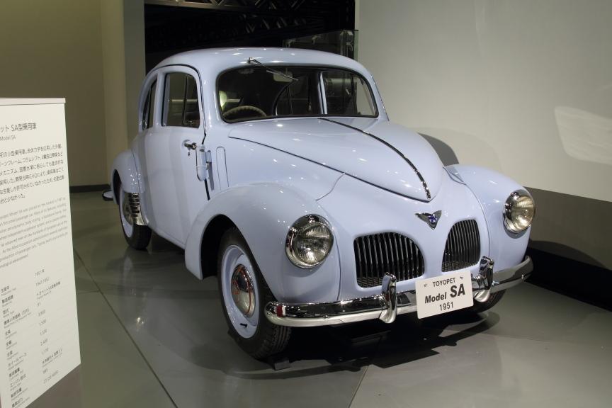 1951年 トヨペットSA型乗用車。生産台数はわずか215台