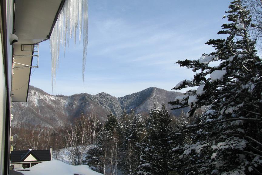 青い空、白い雪、雄大な北アルプス。あ~、最高!!!!
