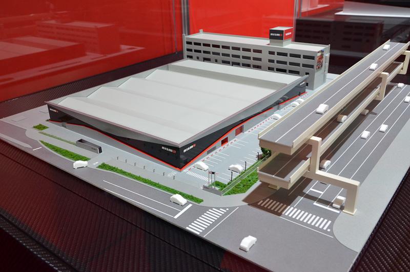 鶴見に移転した新社屋は日産の横浜工場内にある