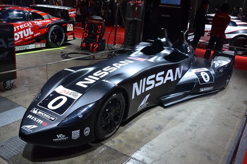 FIA GT3仕様の「GT-R NISMO GT3」は2013年型。エンジン出力や耐久性、空力性能が向上している