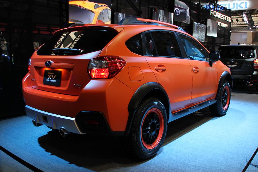 XV SPORT CONCEPT。ベース車両はXV 2.0i-L EyeSightで、ボディーカラーはマットオレンジ