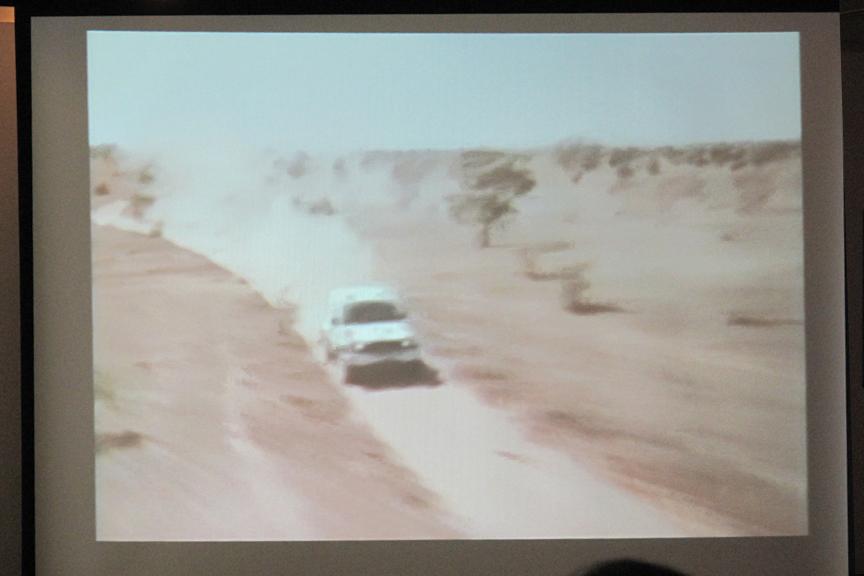講演会開始前に上映された篠塚建次郎さんの紹介ビデオ。オッサンホイホイ、往年のファンにはたまらない映像が気分を盛り上げてくれる