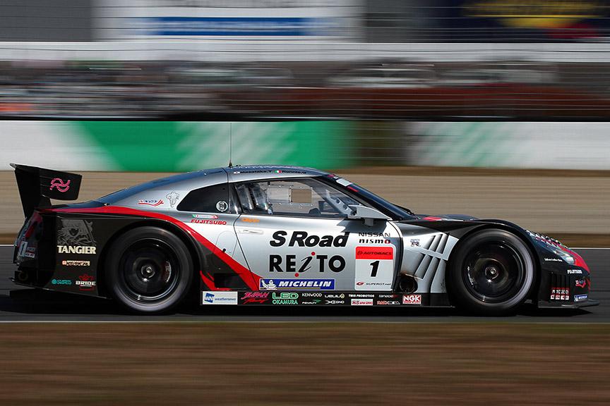 ミシュランタイヤを履き、SUPER GT500クラス2連覇を達成したS Road REITO MOLA GT-R