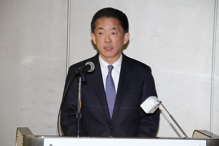 安全技術について説明する日本営業本部長 常務取締役 峯川尚氏