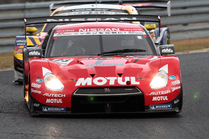 ポールからスタートした23号車 MOTUL AUTECH GT-R(柳田真孝/ロニー・クインタレッリ)は3位入賞