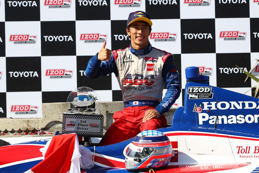インディカー・シリーズで優勝した佐藤琢磨選手