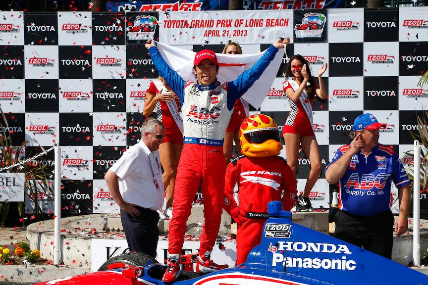 インディカー・シリーズ第3戦「Toyota Grand Prix of Long Beach」で日本人初優勝を遂げた佐藤琢磨選手