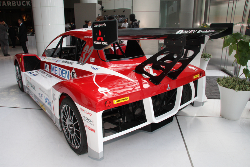 昨シーズンのレースで活躍したi-MiEV Evolution