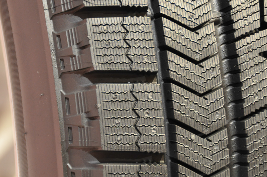 イン側のパターン。内から2列目のブロックがVRXの特徴的な部分となる