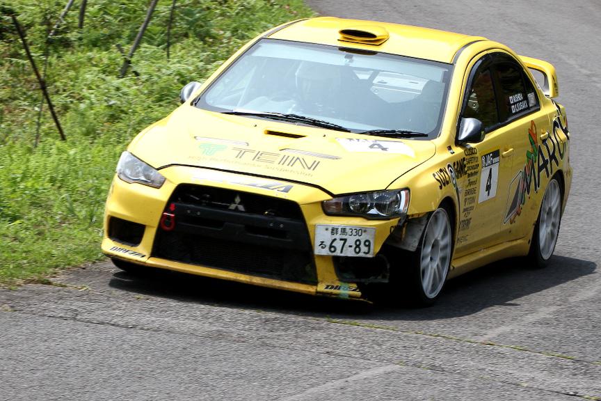 総合3位の石田正史選手(DLテインマルシェラリーチーム)がドライブするランサーエボリューションX