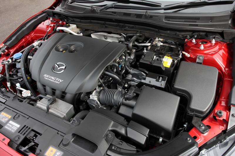 直列4気筒DOHC 2.0リッターガソリン「PE-VPR」