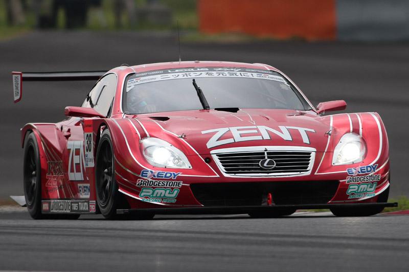 優勝した38号車 ZENT CERUMO SC430(立川祐路/平手晃平)