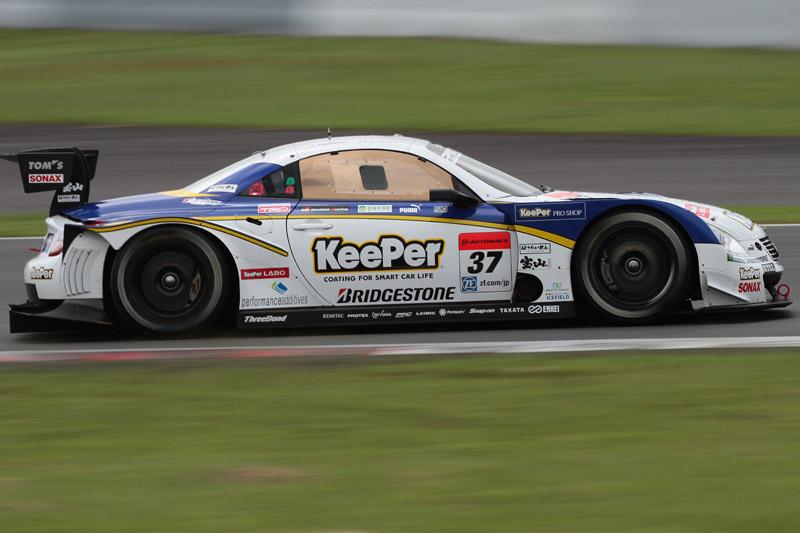 3位の37号車 KeePer TOM'S SC430(伊藤大輔/アンドレア・カルダレッリ)