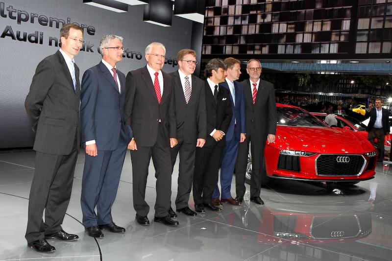 プレスカンファレンスでは「スポーツクワトロコンセプト」「ナヌーククワトロコンセプト」「A3カブリオレ」「S8」と多くのモデルが公開された